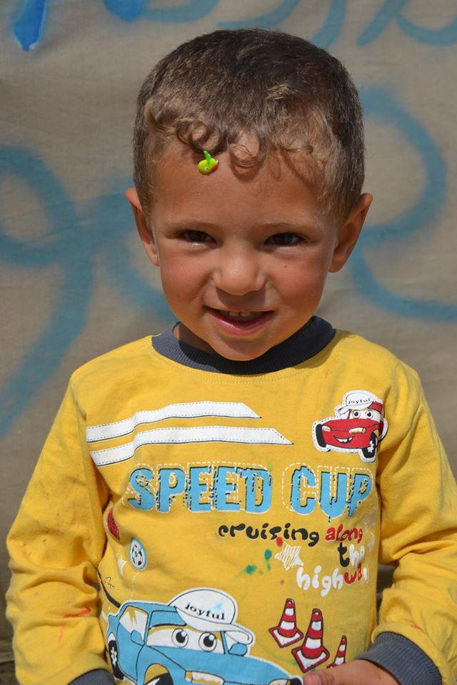 bambino campo profughi 2