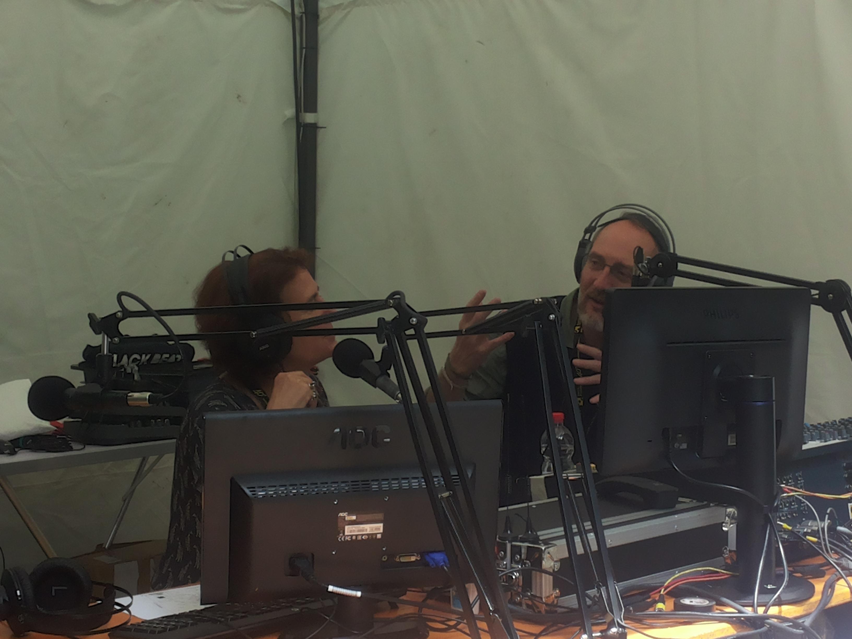 Un momento della diretta dall'ex'ex OP Paolo Pini, con Cecilia Di Lieto e Massimo Bacchetta