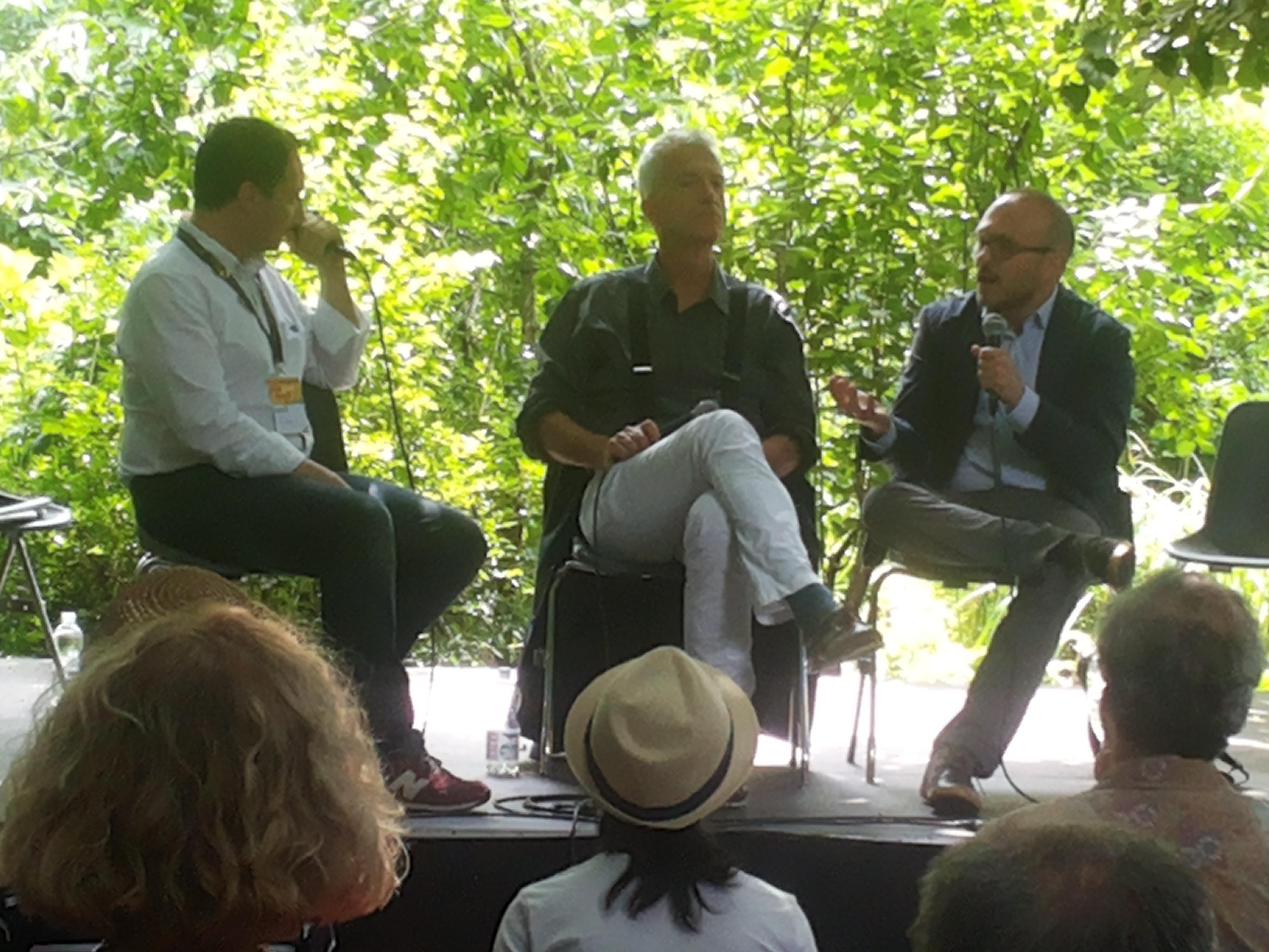 Alessandro Gilioli e Massimo Rebotti hanno partecipato a un dibattito su politica e giornalismo