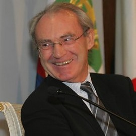 Yves Meny