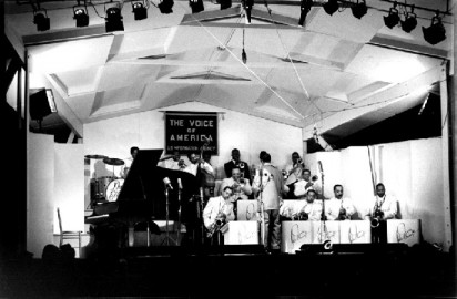 Duke-Ellington-Newport-Jazz-Festival-1956