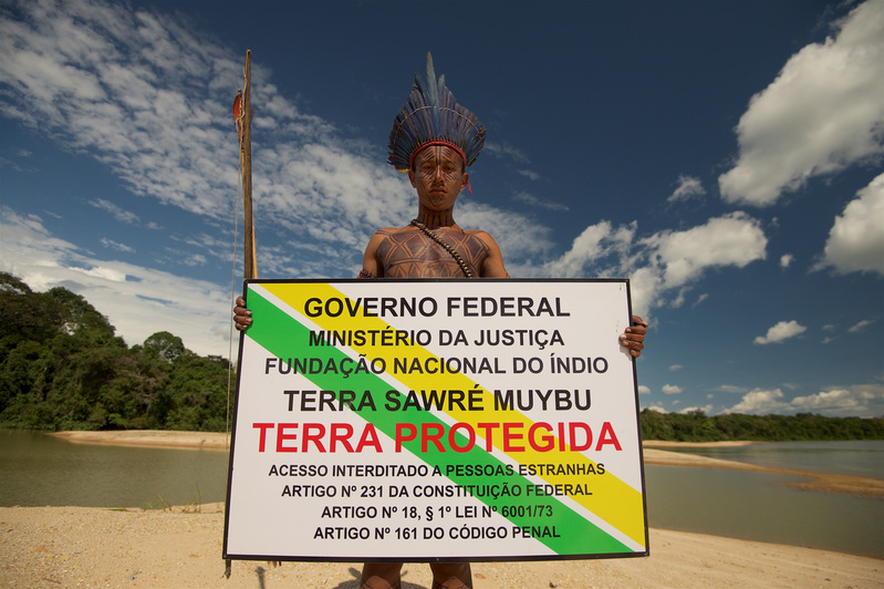 Munduruku and Greenpeace Demarcate Indigenous Lands in the AmazonMunduruku e Greenpeace demarcam terra indígena na Amazônia.
