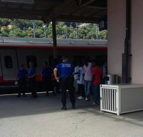 Guardie svizzere a Chiasso