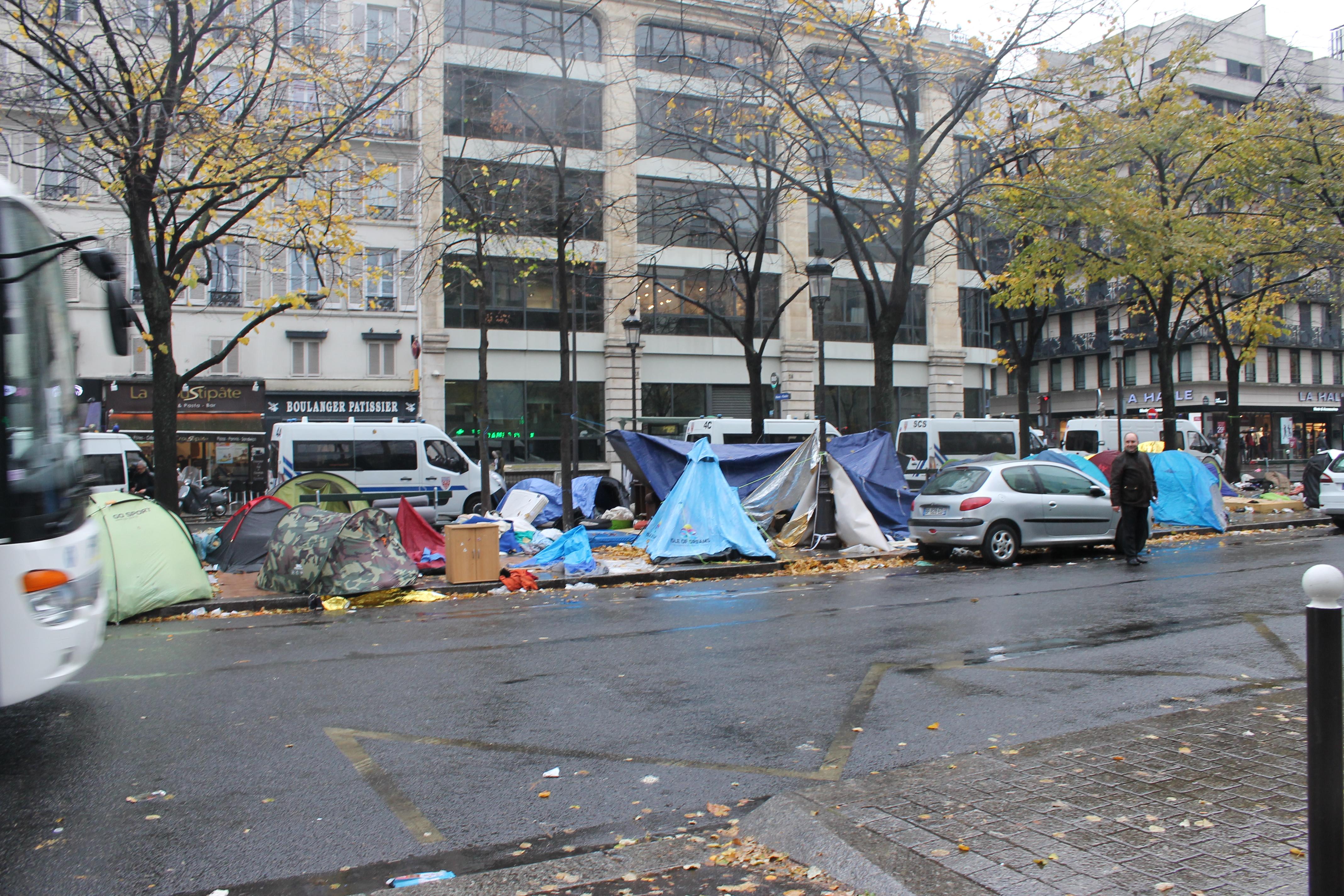 evacuazione-migranti-stalingrado-4-novembre-14