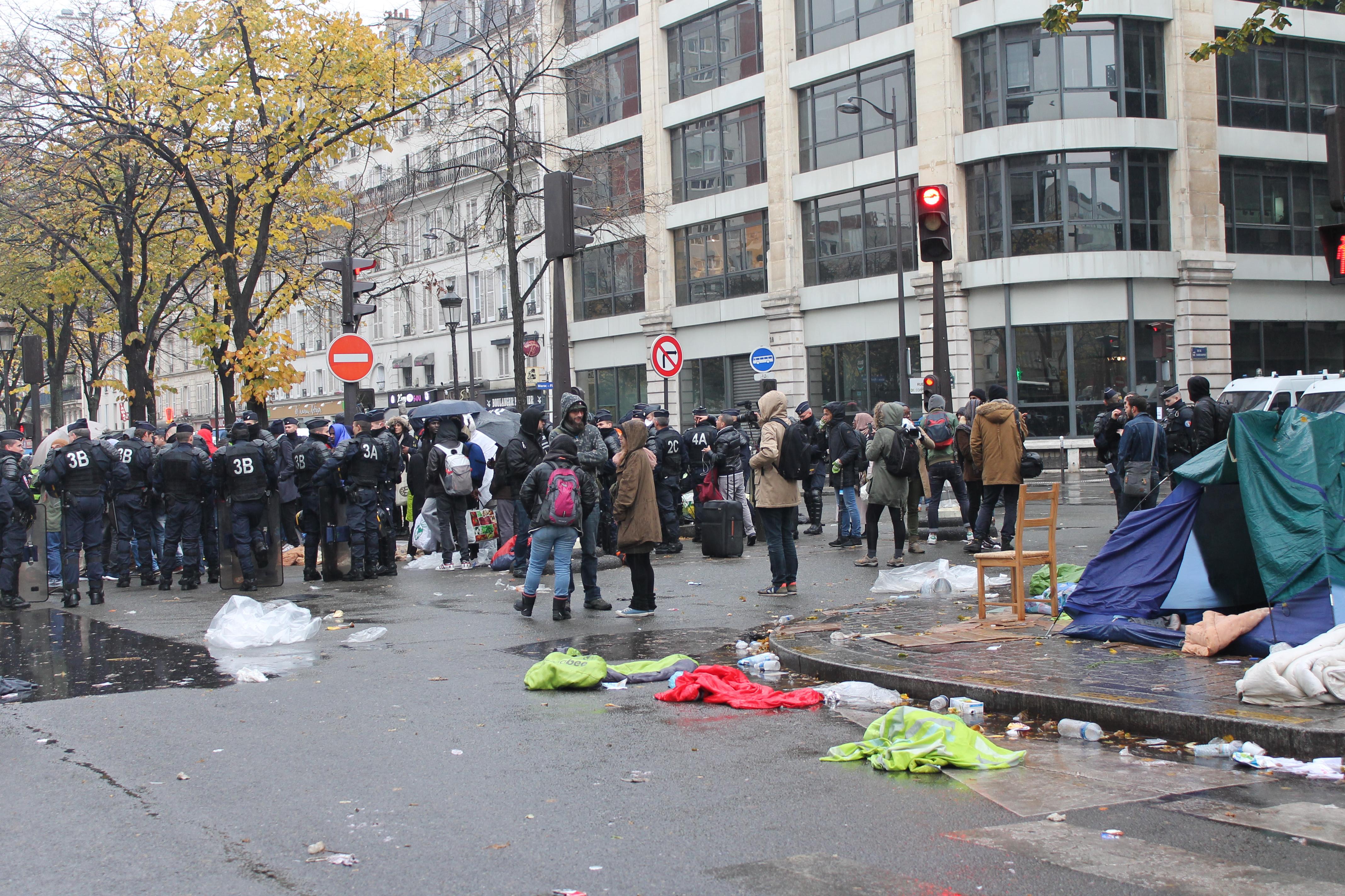 evacuazione-migranti-stalingrado-4-novembre-22