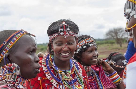 Nice durante uno dei suoi incontri in Kenya