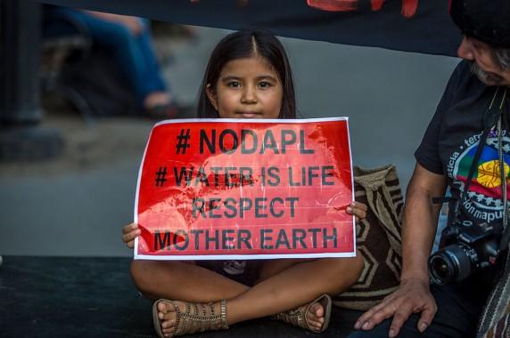 L'acqua è vita, rispetta la madre terra