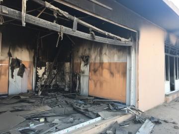 Casa bruciata dall'ISIS nella cittadina di Hassan Sham