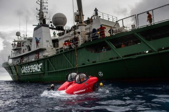 Immersione di Greenpeace alla foce del Rio delle Amazzoni