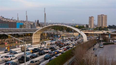 Il valico stradale fra San Ysidro (California) e Tijuana (Messico)