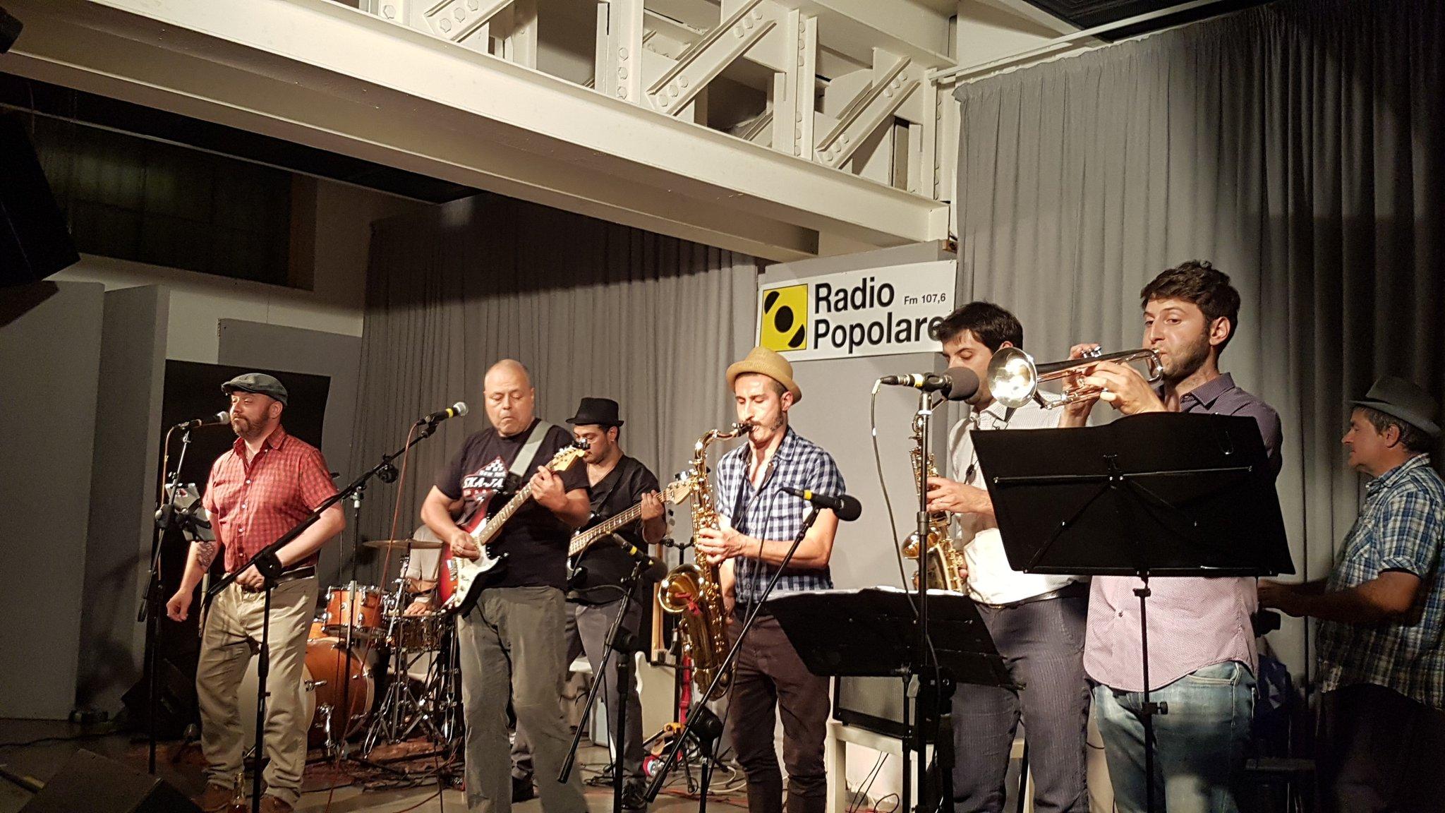 Concerto degli Arpioni. Il reunion tour dello storico gruppo di ska orobico fa tappa a Radio Popolare.