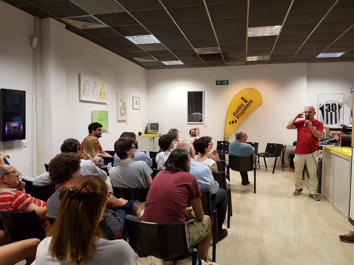 Il giorno delle locuste live. L'economia spiegata dal Professor Di Stefano: puntata live della trasmissione culto di Radio Popolare. Con Gianmarco Bachi e Andrea Di Stefano.