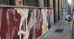Milano, Manifesti fascisti sul murale degli studenti
