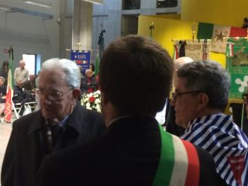 Carlo Smuraglia, Dario Venegoni e, di spalle con la fascia tricolore, Pierfrancesco Majorino