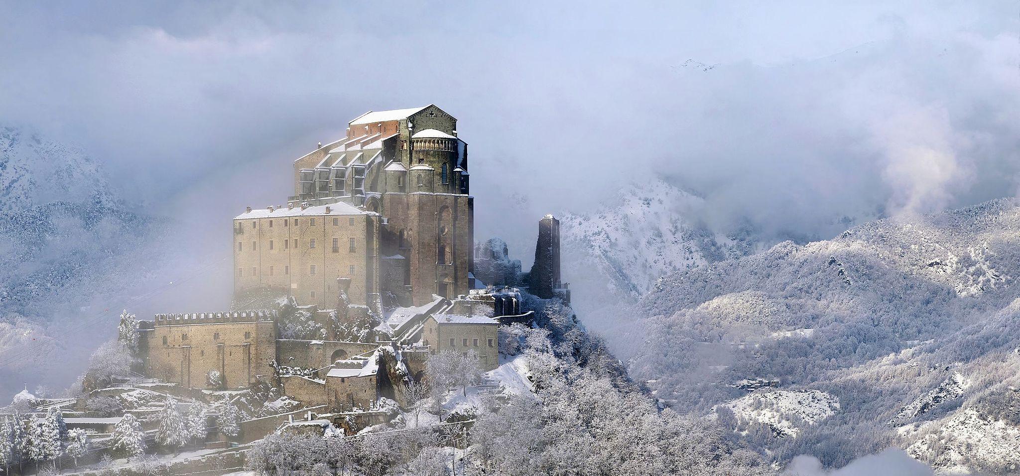 La Sacra di San Michele ammantata dalla neve