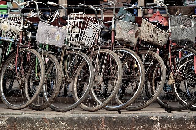 biciclette parcheggiate