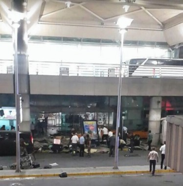 Turkey Istanbul: Explosions and gunfire rock Ataturk airport