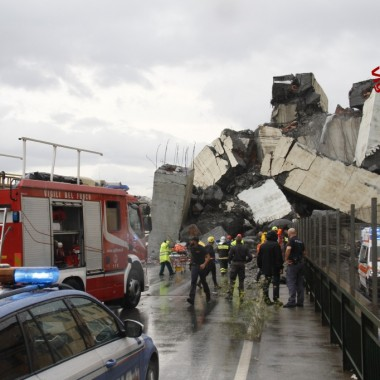 Ponte crollato a Genova
