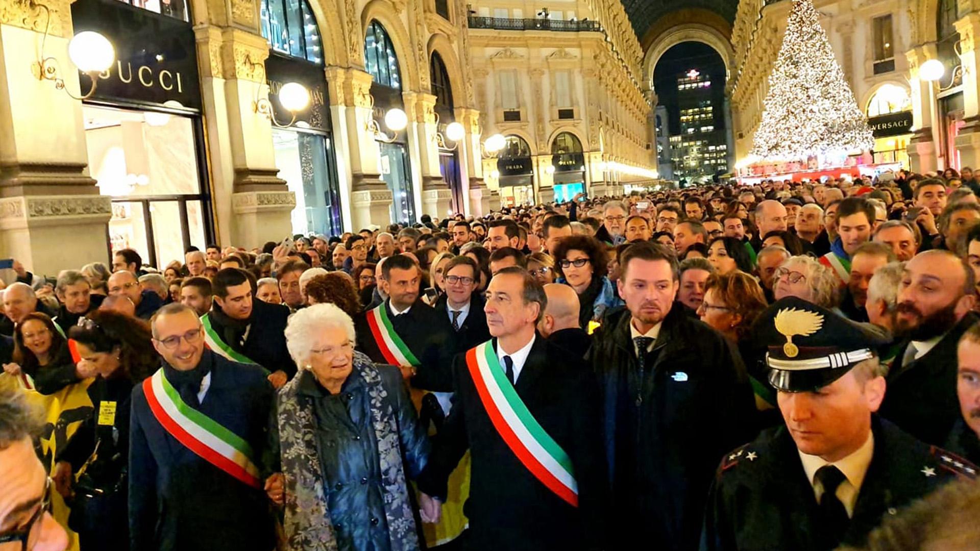 600 sindaci a Milano con Liliana Segre per dire no all'odio