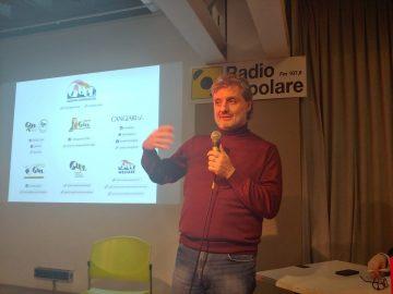 Vincenzo Linarello, presidente del gruppo cooperativo Goèl nell'auditorium di Radio Popolare per il ciclo lezioni di antimafia