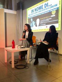 Federica Cabras (a destra) e Ilaria Meli nell'auditorium di Radio Popolare per il ciclo Lezioni di antimafia