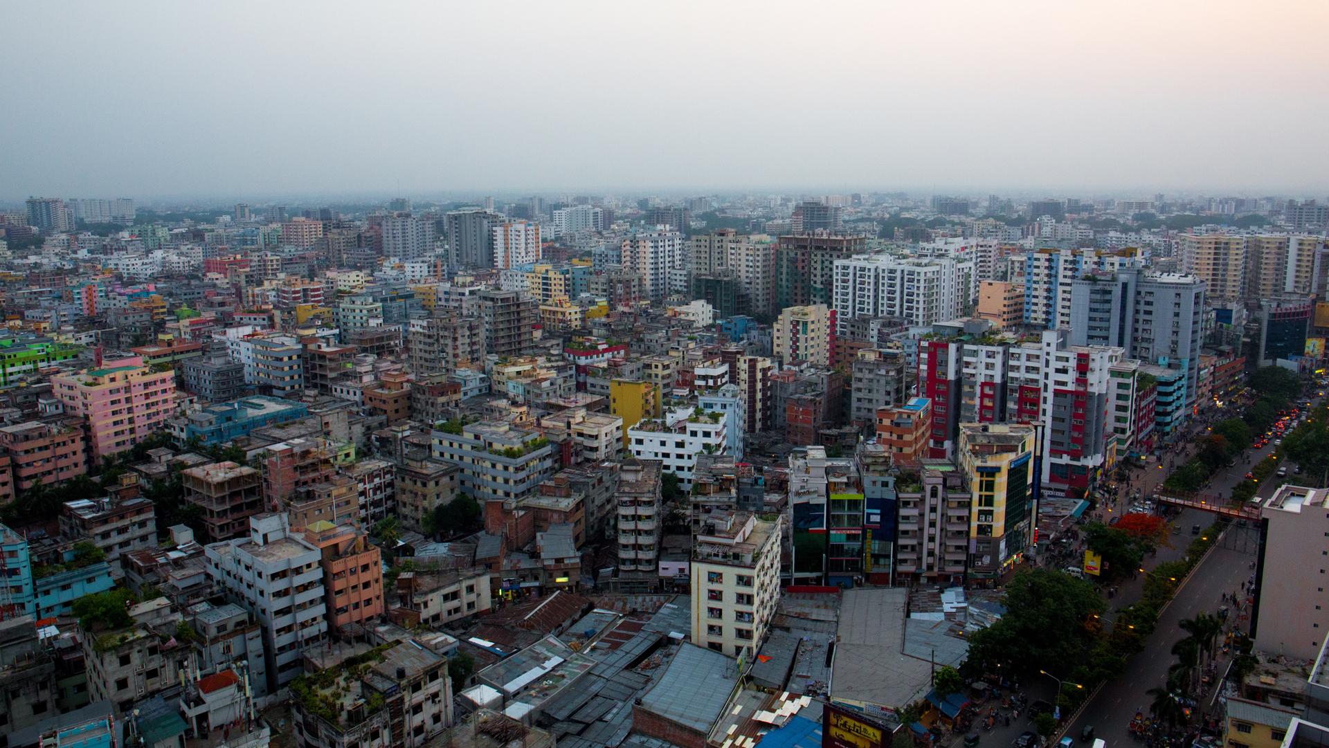 Come sta evolvendo la pandemia di COVID-19 in Bangladesh?
