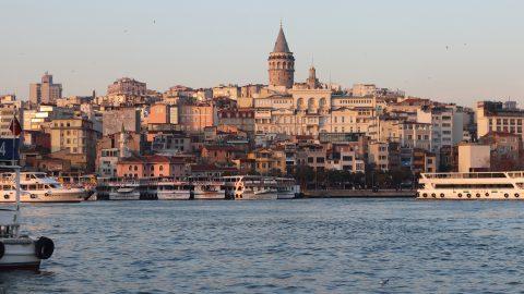 Grecia e Turchia, torna a salire la tensione per l'isola di Kastellorizo