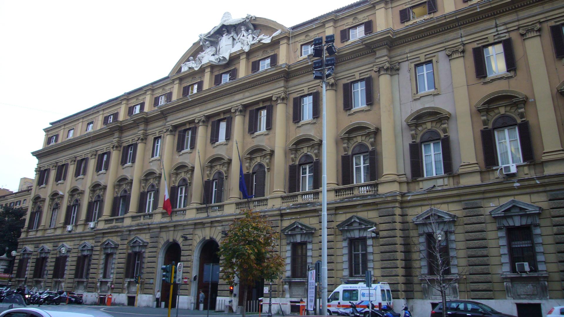 Legge di bilancio 2021, i chiarimenti del viceministro Antonio Misiani