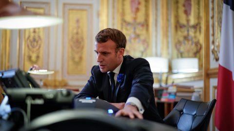 Francia, il governo riscrive l'articolo 24 della legge sulla sicurezza globale