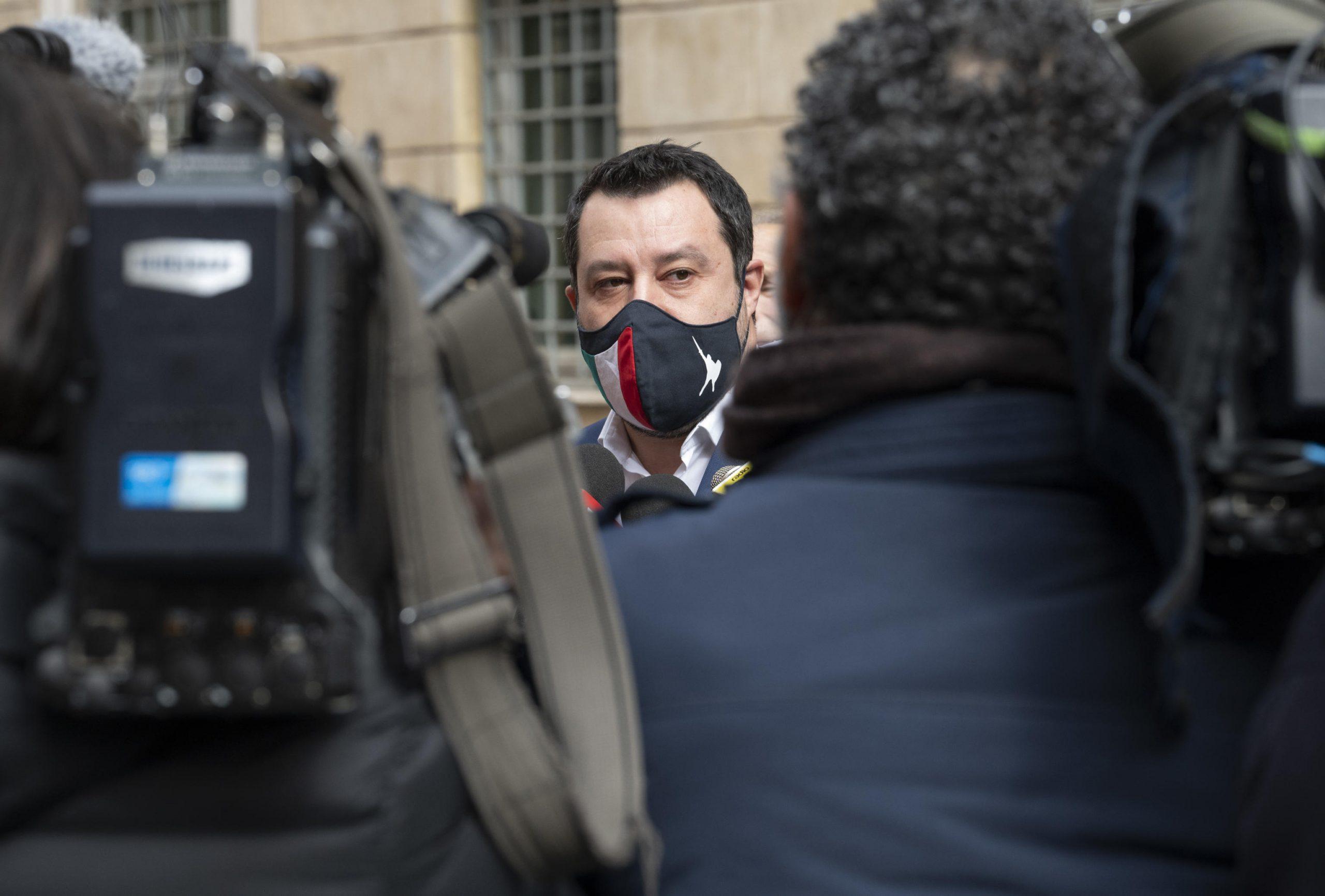 Il primo guaio del governo Draghi, i casi di Covid in risalita, l'addio a  Erriquez