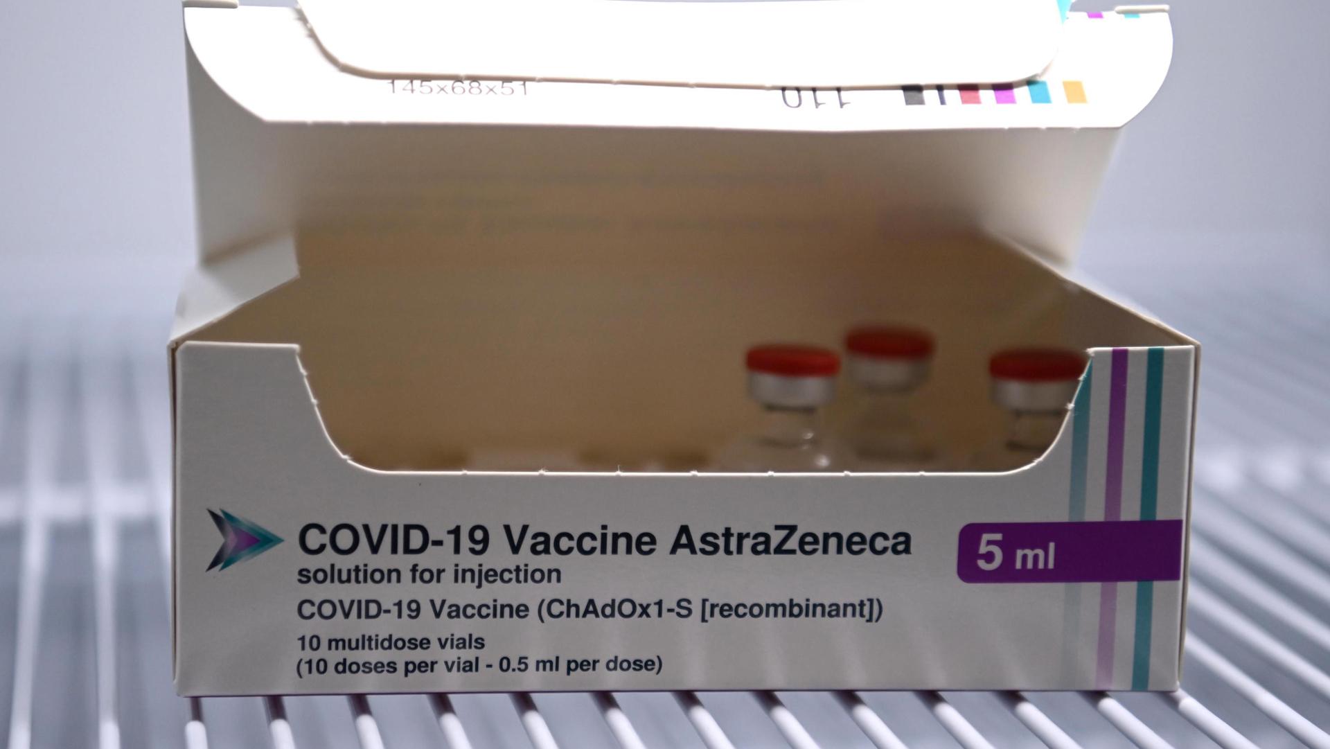 COVID e vaccini. Perché la strategia europea sta fallendo?