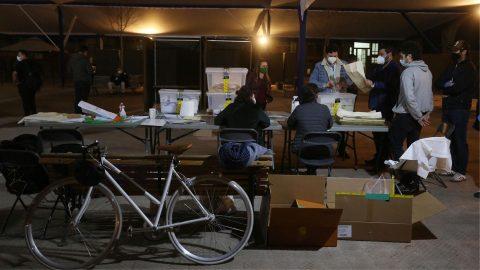 Così i giovani cileni hanno portato la rivoluzione dalla piazza alle urne