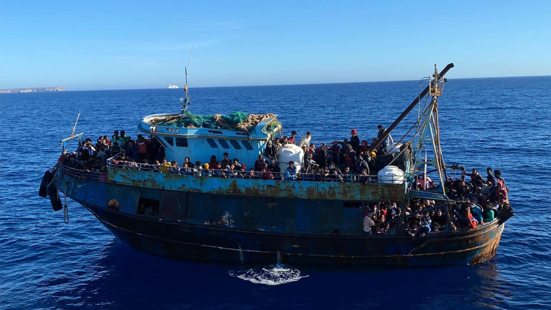 Non si ferma la guerra in Israele e Palestina, la nave di MSF torna nel Mediterraneo e le altre notizie della giornata
