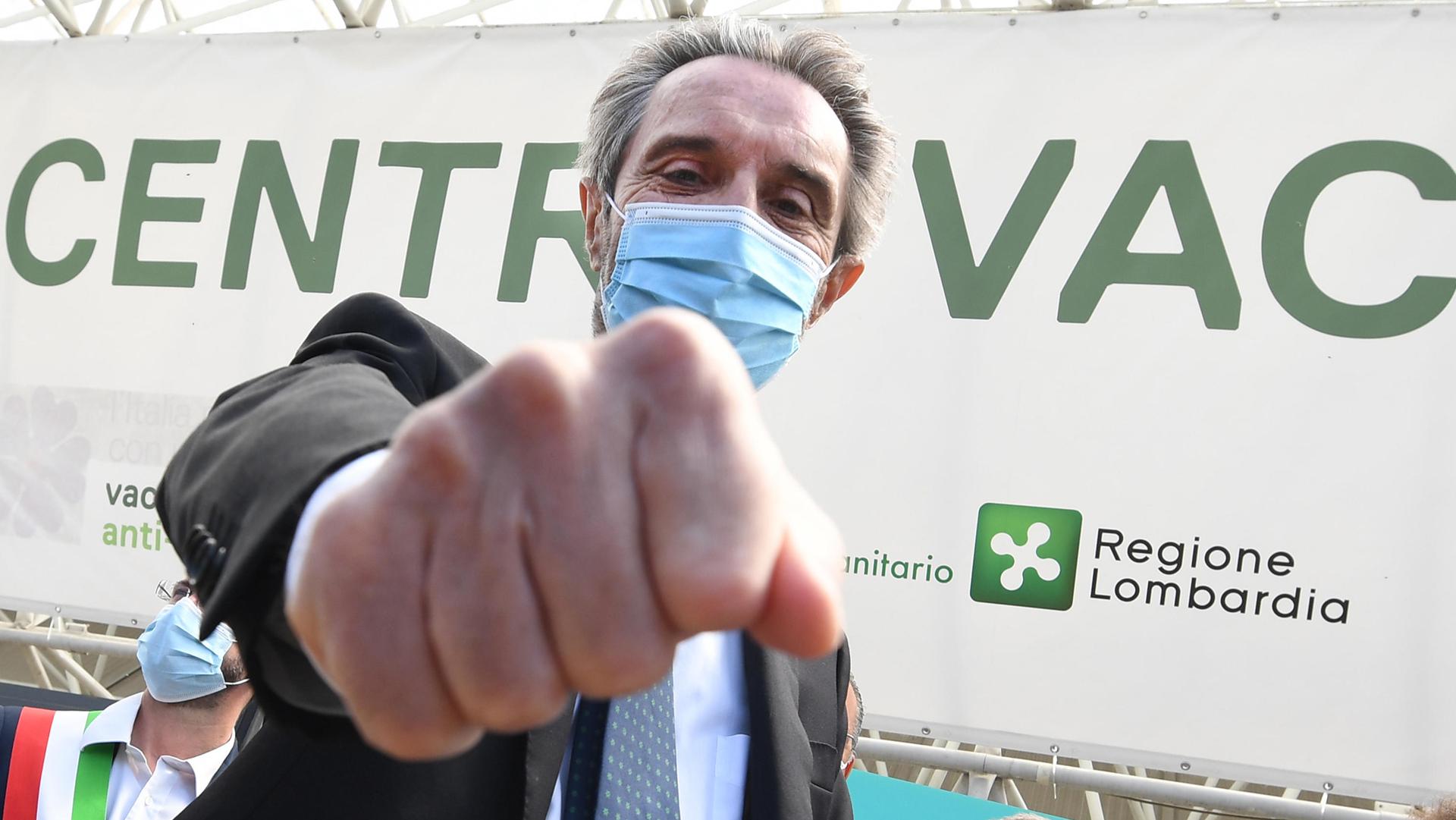 esodati vaccinali Lombardia Fontana ANSAesodati vaccinali Lombardia Fontana ANSA