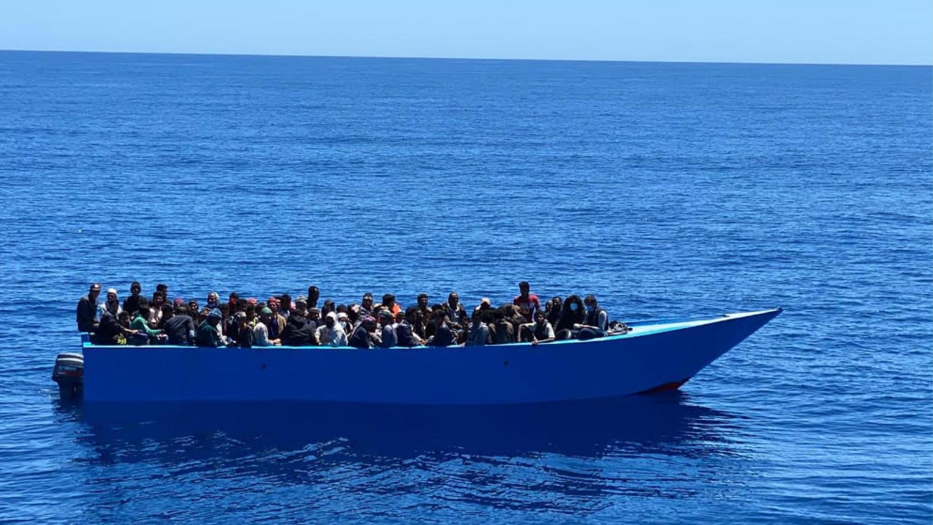 Aumentano i respingimenti in Libia e l'hotspot di Lampedusa è al collasso