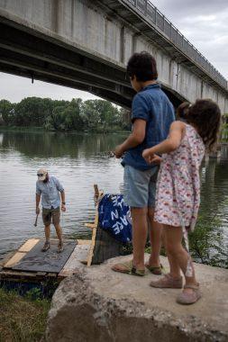 Alex bellini sul fiume Po(4)