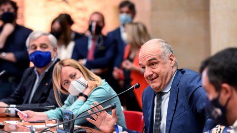 L'accordo del centrodestra sul calendario politico, il quinto oro per l'Italia e le altre notizie della giornata