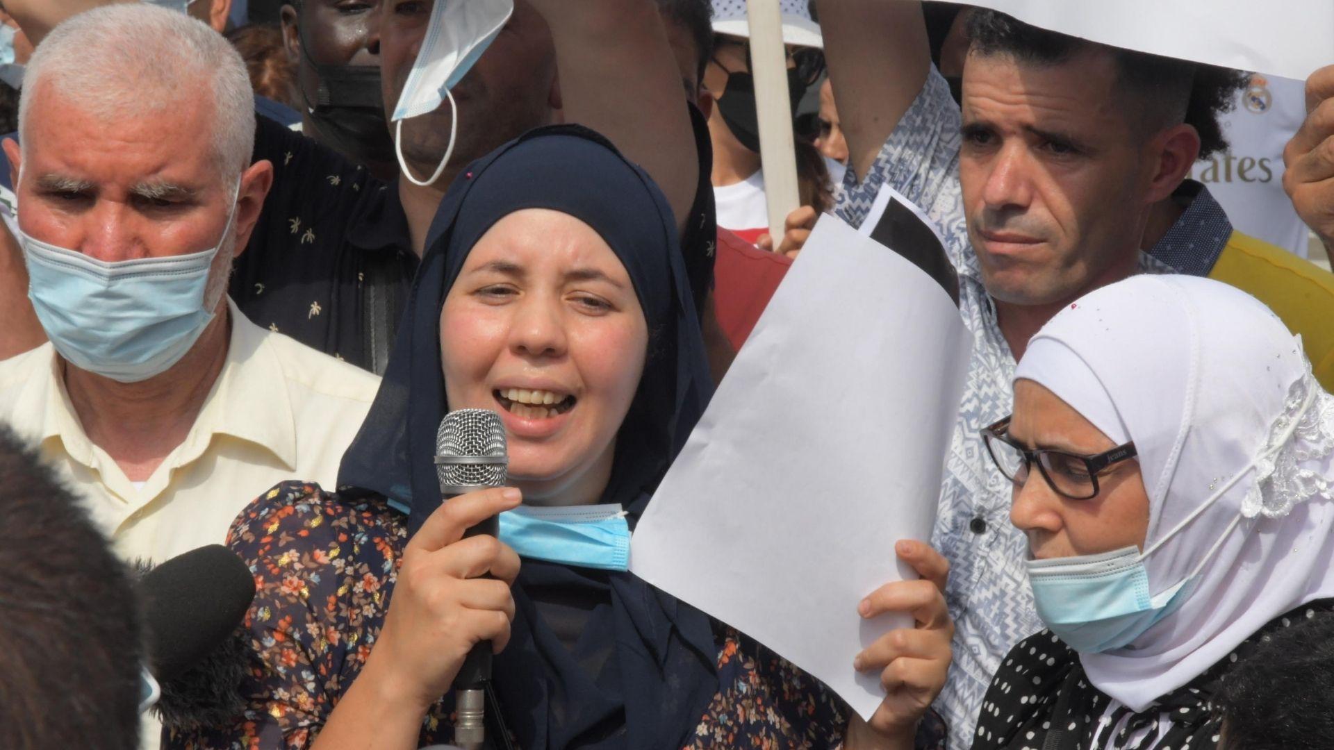Voghera, la sorella di Youns El Boussettaoui: