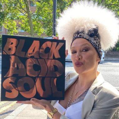 Lady blackbird black acid soul