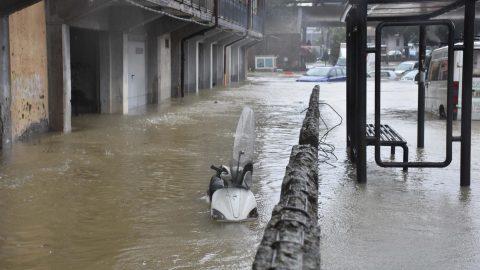 Le ultime e cruciali ore per il Ddl Zan, Catania colpita da un violento nubifragio e le altre notizie della giornata